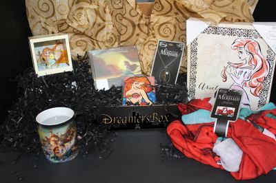 Dreamers-Box / Disney Subscription Box Photo 3