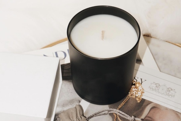 Photo for Box Insider article 9 Candle Gift Boxes That Bring Heavenly Home Fragrance