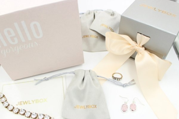 15 Unique Gift Ideas Women In Their 30s Will Love